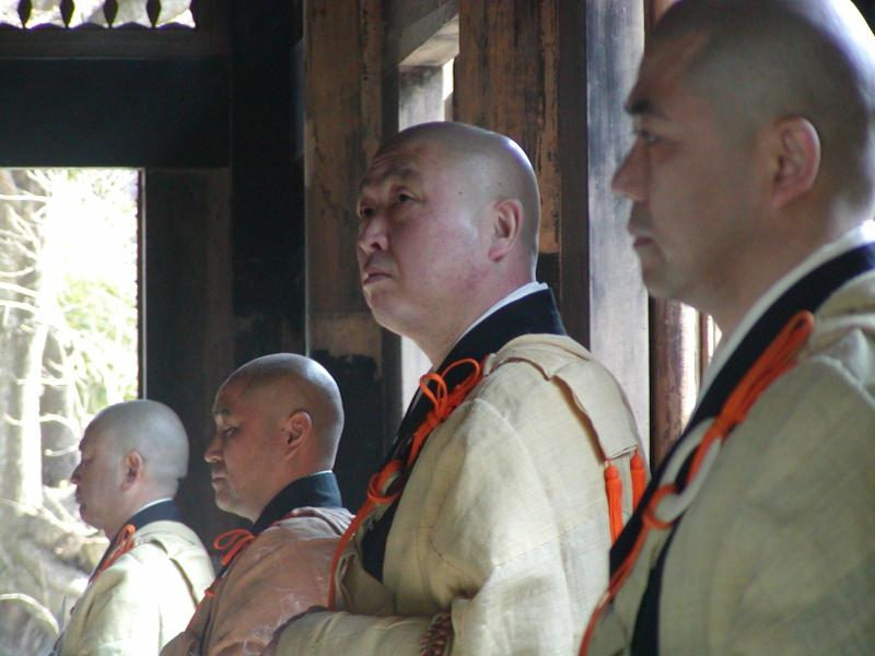 monks in Kamakura